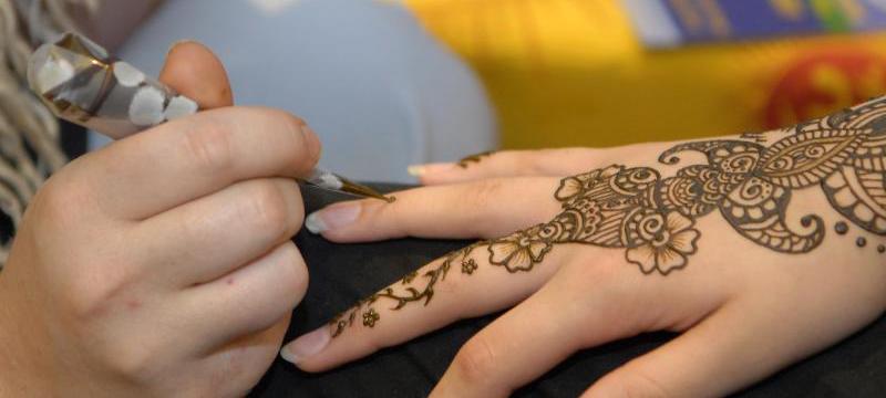 henna-body-art-in-calgary